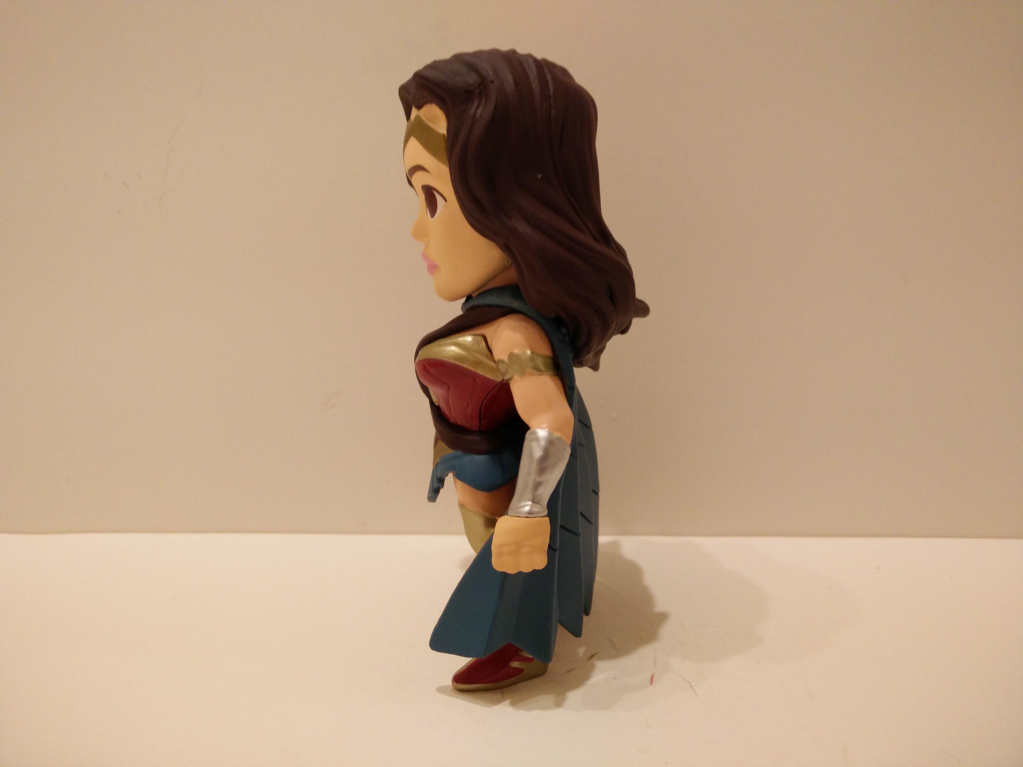 Jada Diecast Batman vs Superman M17 Wonder Woman Blue Cape